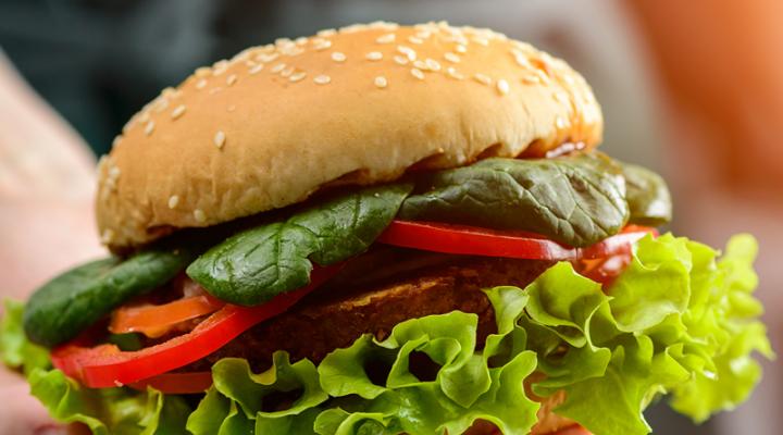 A nyár sztárja: házi hamburger